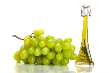 Maslo-vinogradnyh-kostochek-dlja-volos-recepty